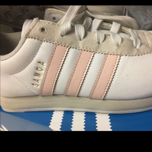adidas - rosa - weiße turnschuhe 75 frauen poshmark